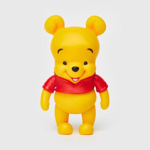 Disney Hyper Vinyl Series : Winnie The Pooh  (BB Version)