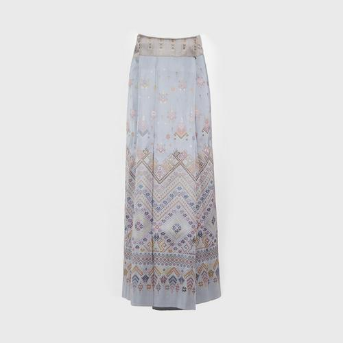 @PRAEWA PHA-SIN Thai Silk (Skirt well-known as Sarong) Blue Grey color