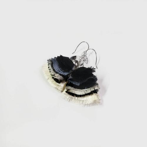 LA ORR Earrings BB; Thaisilk + brass ; Rhodium plated