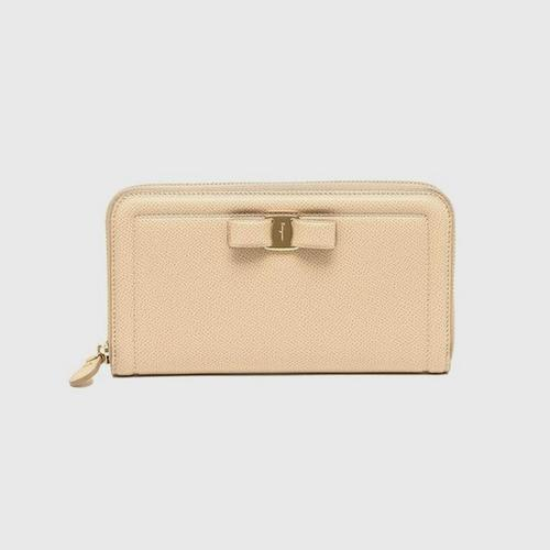 SALVATORE FERRAGAMO Zip-around Vara bow wallet