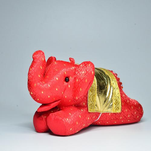 KACHA Elephant Doll Size S 7 x 17 x 9 cm. RED