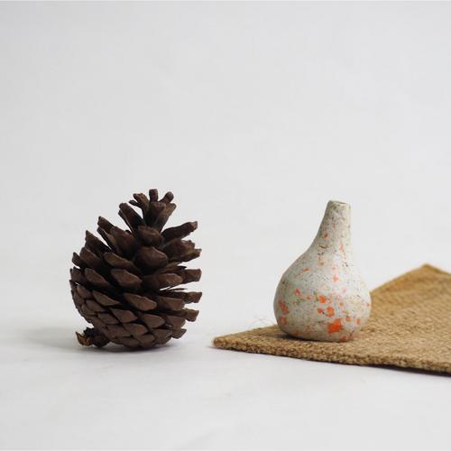 103 Paper mini vase Size M gray & orange