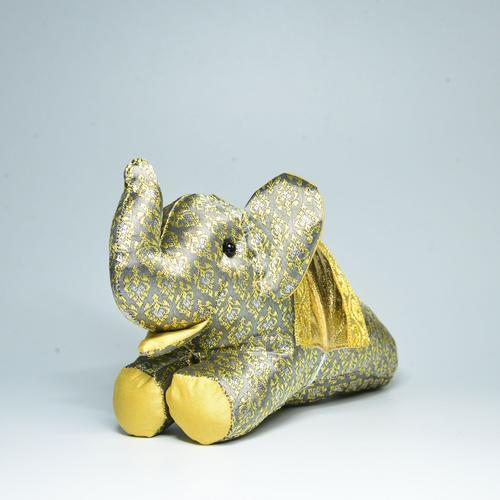 KACHA Elephant Doll Size M 9 x 21 x 13 cm. GREY