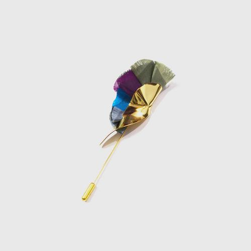 LA ORR Lapel Pin SN; Thaisilk + brass ; 18 K gold plated
