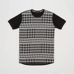 Voyage of Style T-Shirt with houndstooth print in black. Size L