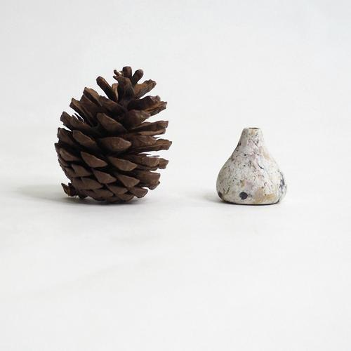 103 Paper mini vase Size XS white & black & brown