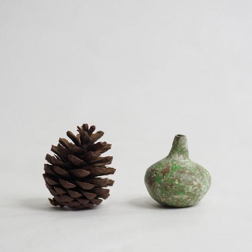 103 Paper mini vase Size M green &brown