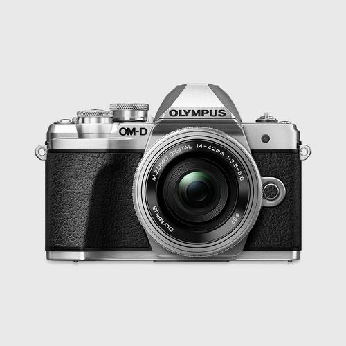 Olympus E-M10 Mark III with lens14-42 mm, wifi, SD16GB and Bag (Silver)