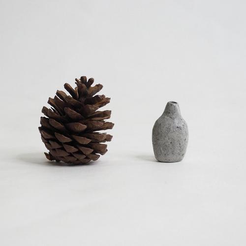 103 Paper mini vase Size XS gray