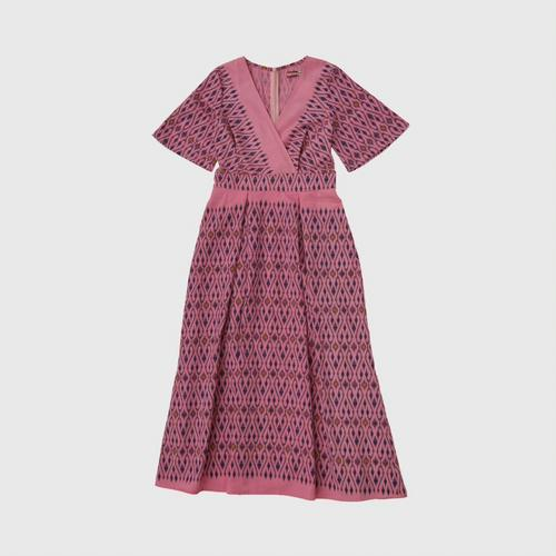 Thai Printed Cotton Dress Made from special bleached cotton fabric, comfortable to wear, modern, giving a feeling of Thai touch. Bright colors, then look younger