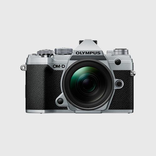 Olympus E-M5 MIII+ Lens 12-40MM PRO สีเงิน
