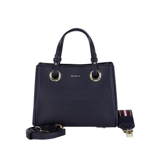 "MUNIGA ""CANI"" SHOULDER BAG (BLACK) L 22.5 x H 17.5 x W 13 cm."
